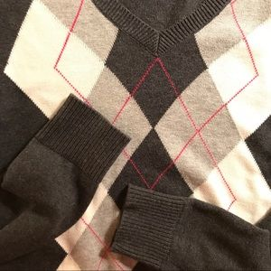 Izod S gray argyle V-neck pullover cotton sweater